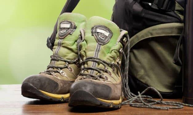 Backpacken, welke schoenen pak je in?