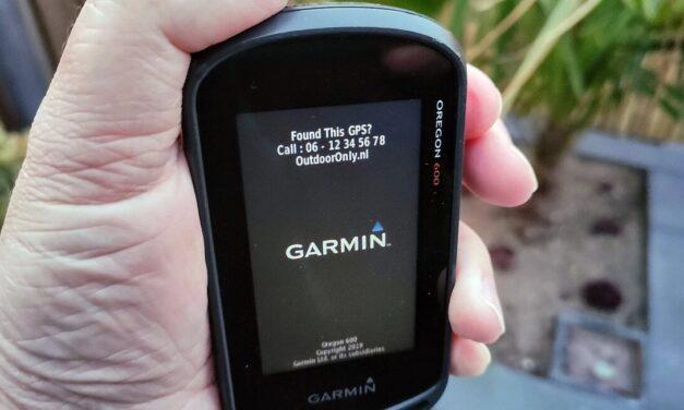 Hoe Je naam en telefoonnummer op Je Garmin weergeven